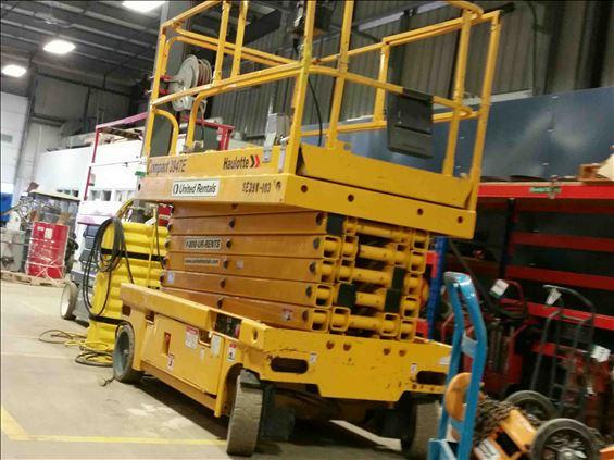 2012 HAULOTTE 3947E Scissor Lift