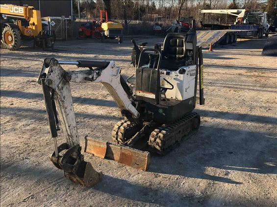 2015 Bobcat 418 Mini-Excavator