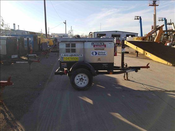 2016 Lincoln Electric 300 VANTAGE Welder