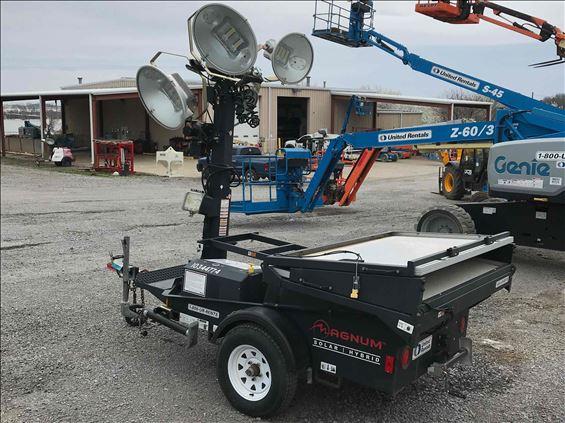 2015 Magnum Pro MLT4000S Towable Light Tower