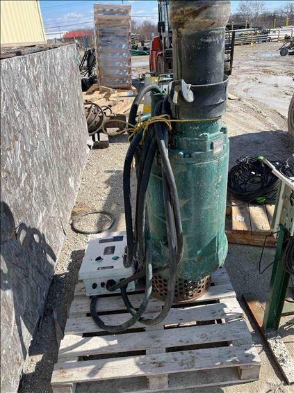2009 Tsurumi Pump KRS822