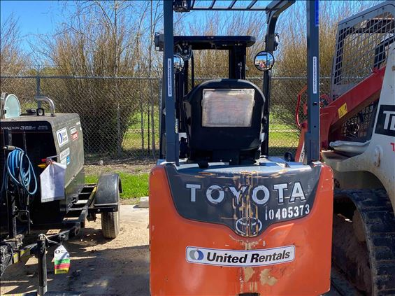 2015 Toyota 8FBCU25 Warehouse Forklift
