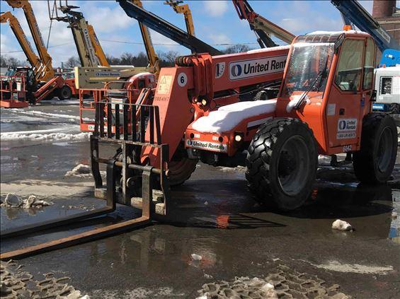 2012 SKYTRAK 6042 Rough Terrain Forklift
