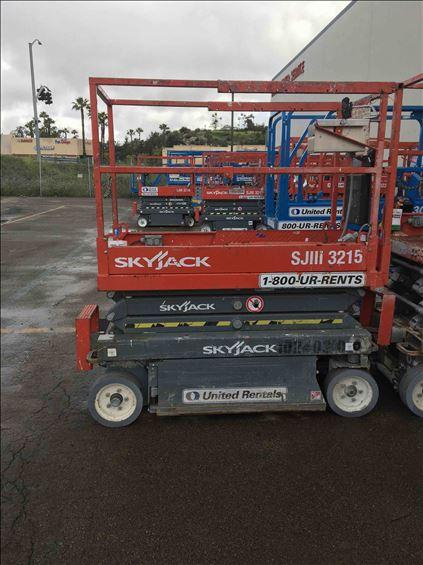 2014 Skyjack SJIII3215 Scissor Lift