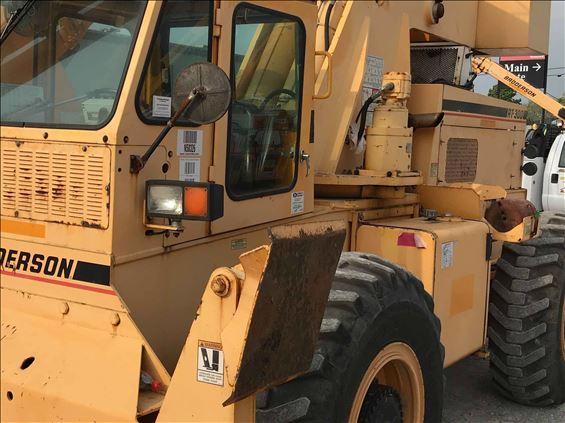 2008 Broderson RT3002E Crane