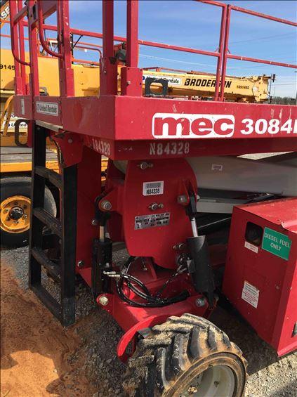 2014 MEC 3084RT Scissor Lift