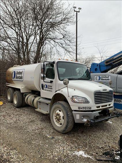 2016 Freightliner M2 106 WATER Water Truck