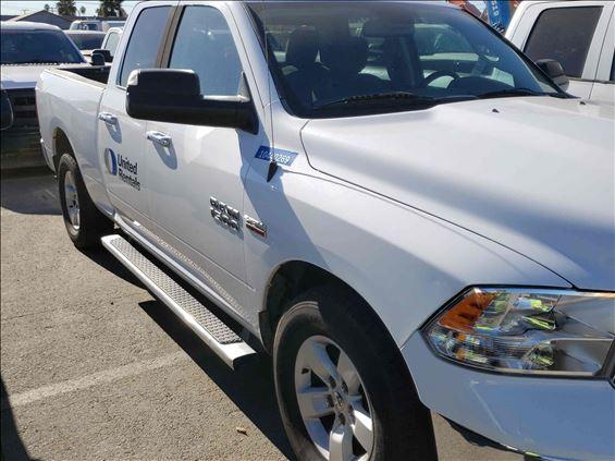 2015 Dodge 1500QUADSLTG2WD Truck