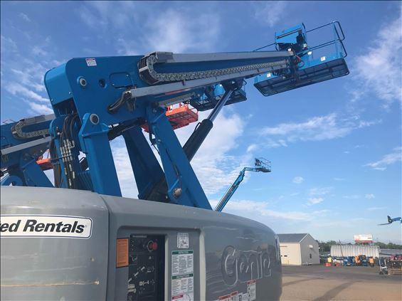 2016 Genie S-60X Boom Lift