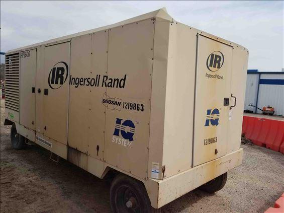 2011 Doosan HP1600WCU Air Compressor