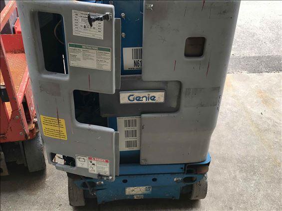 2009 Genie GR-15 Scissor Lift