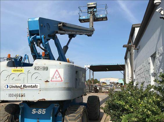 2012 Genie S-85 Boom Lift