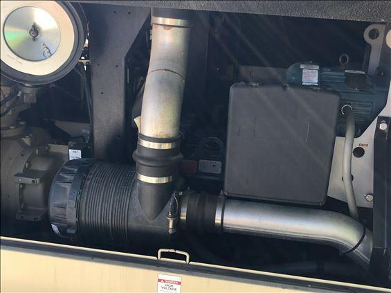 2014 Doosan VP900E Air Compressor