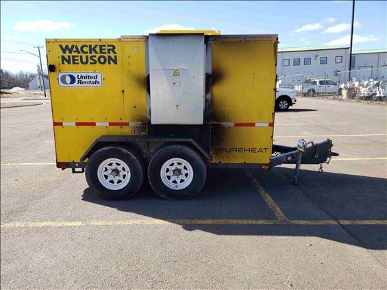2015 Wacker Neuson PUREHEAT-OIL HE