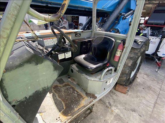 2013 Genie GTH-1056 Reach Forklift