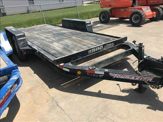 2015 Towmaster T-9DT Trailer