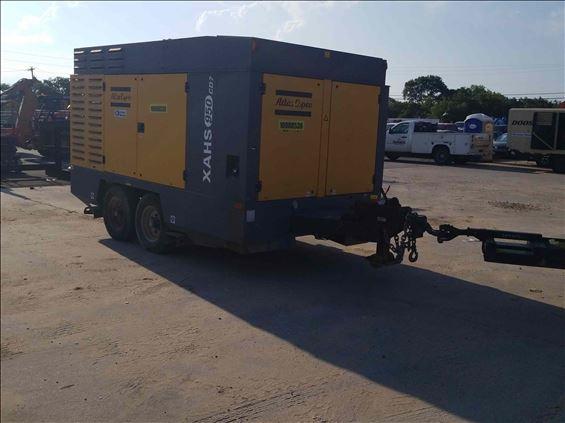 2012 Atlas Copco XAHS950CD7 Air Compressor