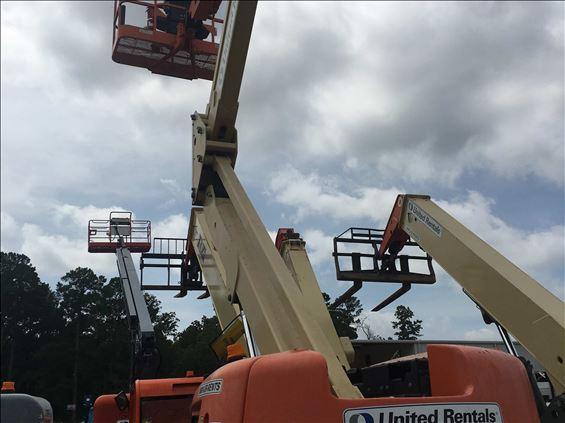 2011 JLG 450A Boom Lift