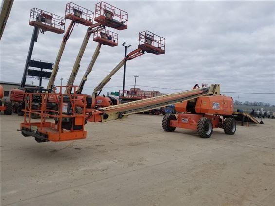 2014 JLG 800S Boom Lift