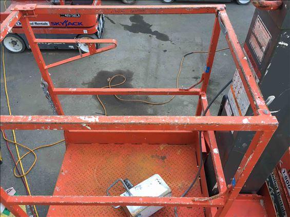 2011 Skyjack SJ12 Scissor Lift
