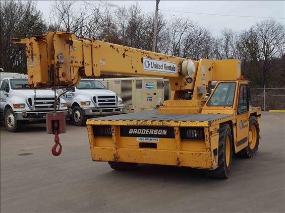 2007 Broderson IC200FD Crane
