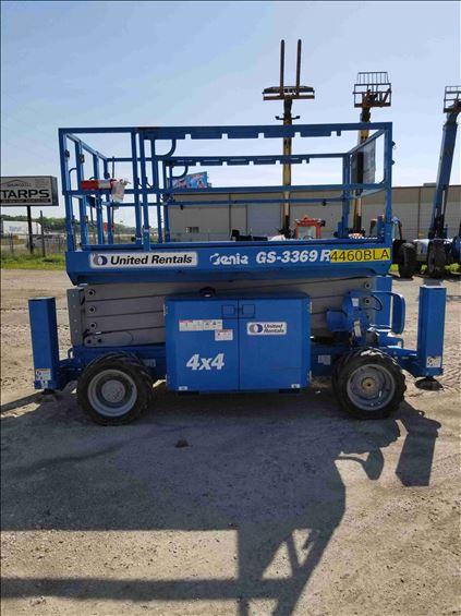 2013 Genie GS-3369 RT Scissor Lift