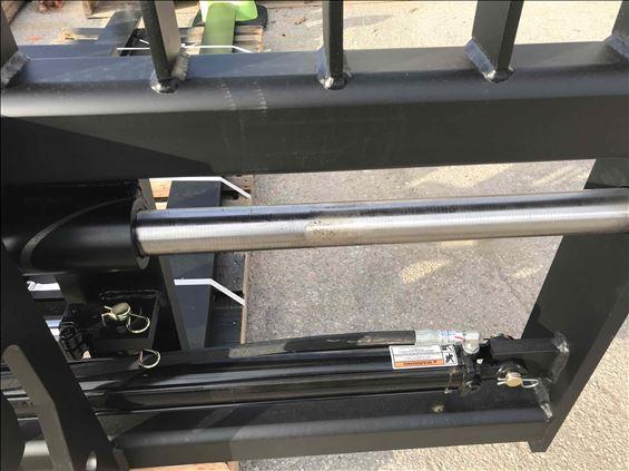 2017 TAG JRB418 HOOK Earthmoving Attachment