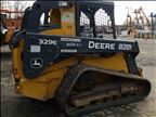 2014 John Deere 329E