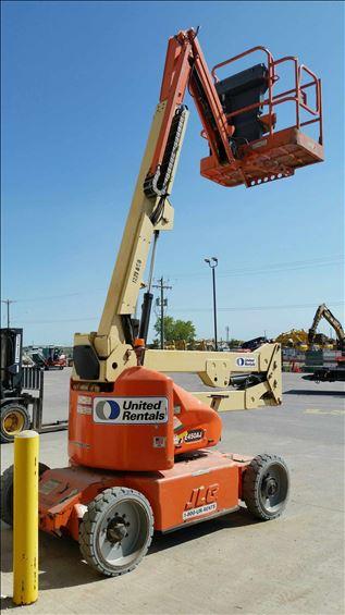 2011 JLG E450AJ Boom Lift