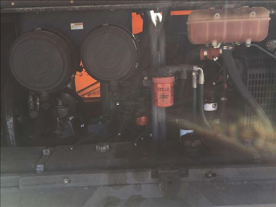 2015 Atlas Copco XAS 400 JD7 IT4 Air Compressor