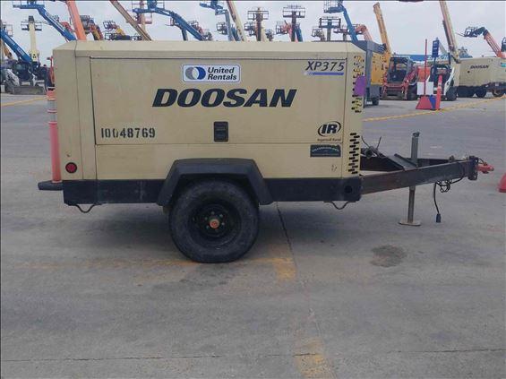 2012 Doosan XP375WJD Air Compressor