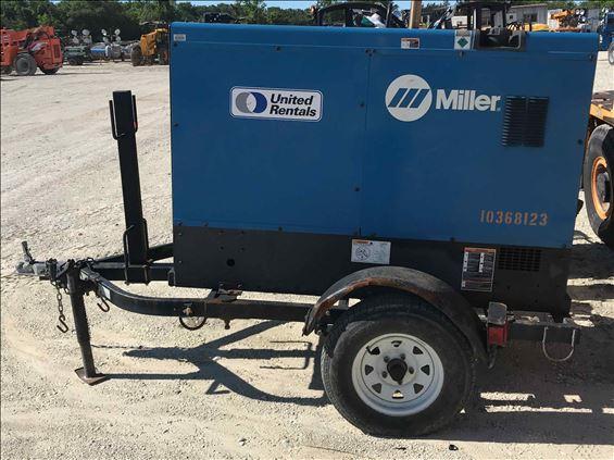2015 Miller BIG BLUE 500PRO Welder