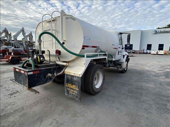 2013 INTERNAT'L 4300 Water Truck