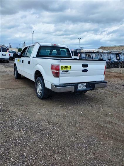 2014 Ford F150CREWXLG2WD Truck