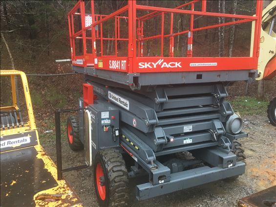 2013 Skyjack SJ8841RT Scissor Lift