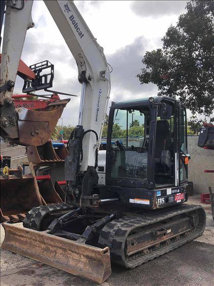 2017 Bobcat E85 Mini-Excavator