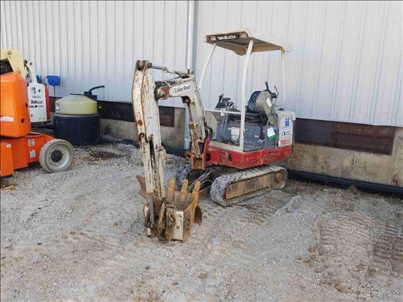 2014 Takeuchi TB016 Mini-Excavator