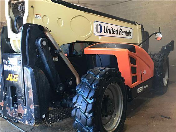 2016 JLG 1055 Rough Terrain Forklift
