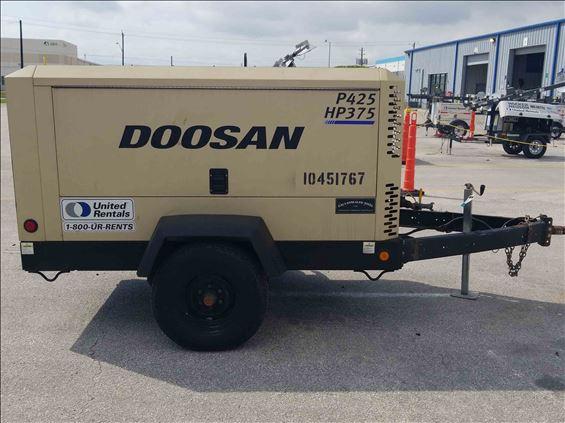 2016 Doosan P425/HP375WCU Air Compressor
