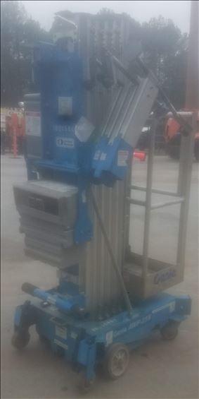 2014 Genie AWP-25SDC Pusharound Lift