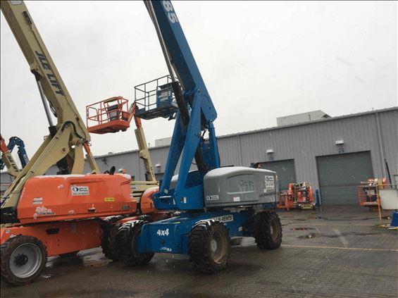 2015 Genie S-85 Boom Lift