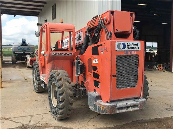 2015 SKYTRAK 6042 Rough Terrain Forklift
