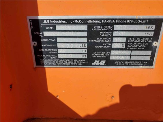 2011 JLG E400AJPN Boom Lift