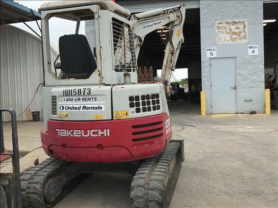 2013 Takeuchi TB138FRR Mini-Excavator