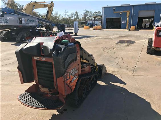 2017 Ditch Witch SK600