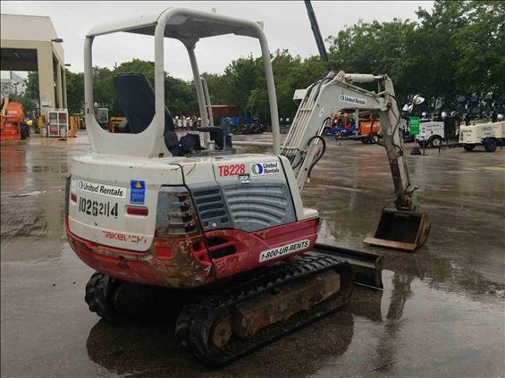 2014 Takeuchi TB228 Mini-Excavator