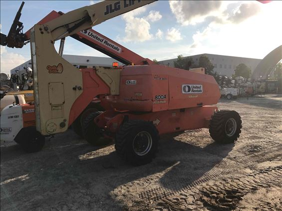 2012 JLG 800A Boom Lift
