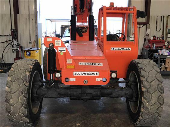 2015 SKYTRAK 8042 Rough Terrain Forklift