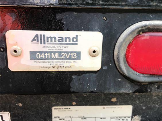 2013 Allmand MAX-LITE II Towable Light Tower