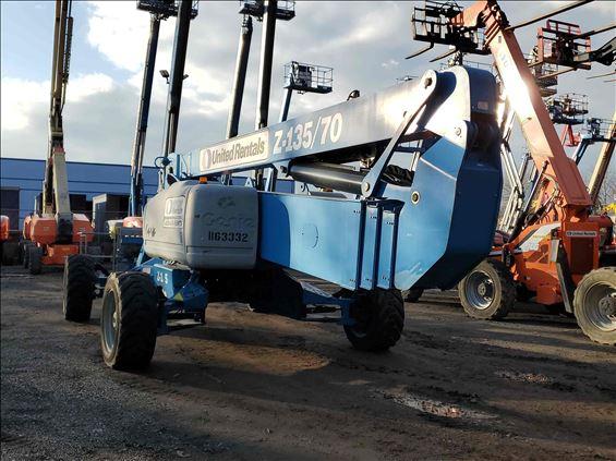 2010 Genie Z-135/70 Boom Lift
